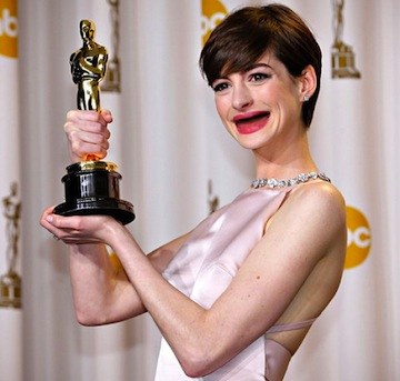 f50d906dc2dee3e3efb73c1129961ce7-anne-hathaway-without-teeth