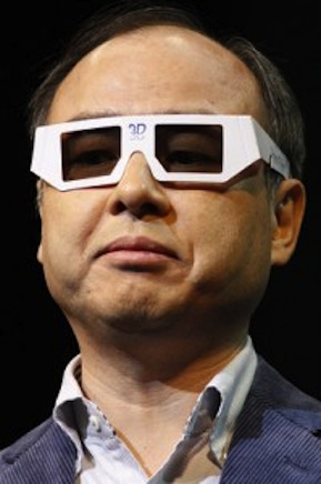 masayoshi-son-with-3d-glasses-199x300
