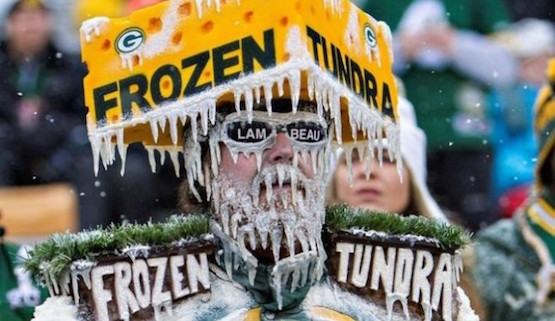 The-Ice-Bowl-1967-Was-The-Coldest-NFL-Game-Ever-Packers-Vs.-Cowboys-At-Lambeau-Field-May-Be-Ice-Bowl-2-665x385